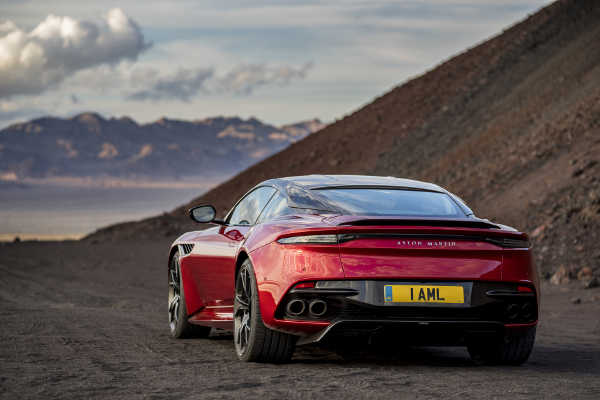 Aston Martin DBS Superleggera 2019 Heckansicht