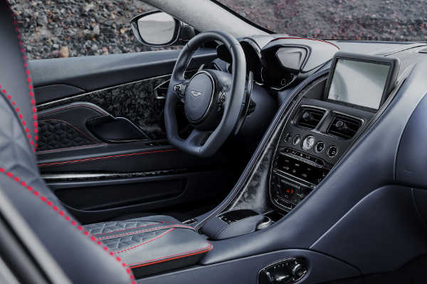 Aston Martin DBS Superleggera 2019 Interieur
