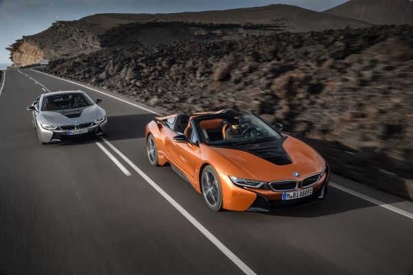BMW i8 Roadster 2018 & BMW i8 Coupé 2018 Facelift
