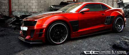 Chevrolet Camaro mit Widebody-Kit by Chrome & Carbon