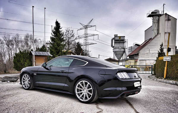 Ford Mustang 2017 auf Cor.Speed Felgen