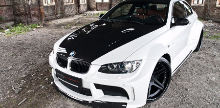 BMW M3 mit Vorsteiner Widebodykit GTRS5