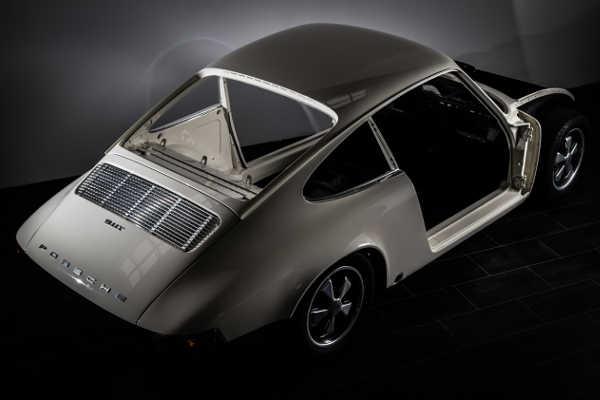 Porsche 911 T 1970 by ER-Classics