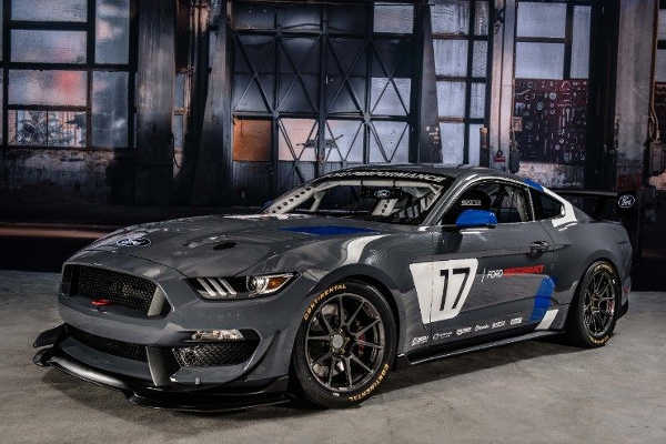 Ford Mustang GT4 2018