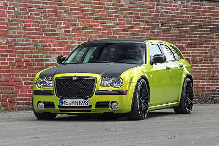 Chrysler 300C by HplusB Design