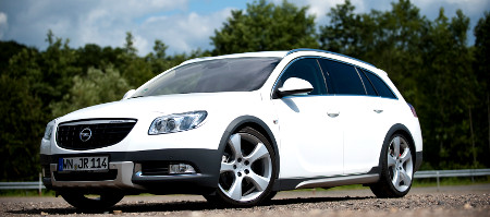 Opel Insignia ST Cross4 by Irmscher