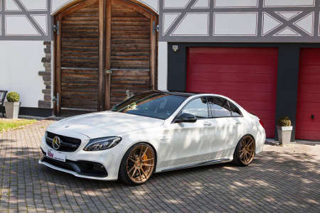 Mercedes C63 AMG by KW
