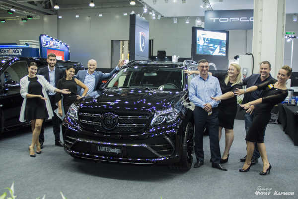 Mercedes GLS Black Crystal by Larte Design