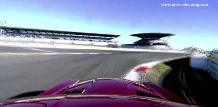 David Coulthard testet Mercedes SLS AMG GT auf dem Nürburgring