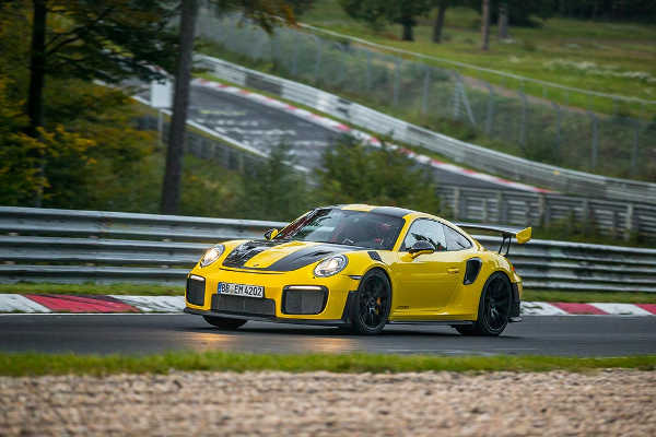 Porsche 911 GT2 RS Nordschleife Nürburgring Weltrekord 2017