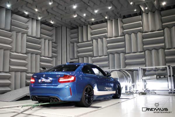 BMW M2 mit Remus Cat-Back Sportauspuff