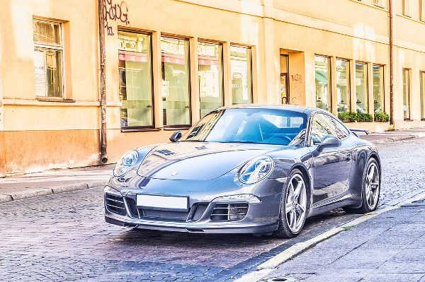 Porsche Neunelfer für die Autopfandleihe