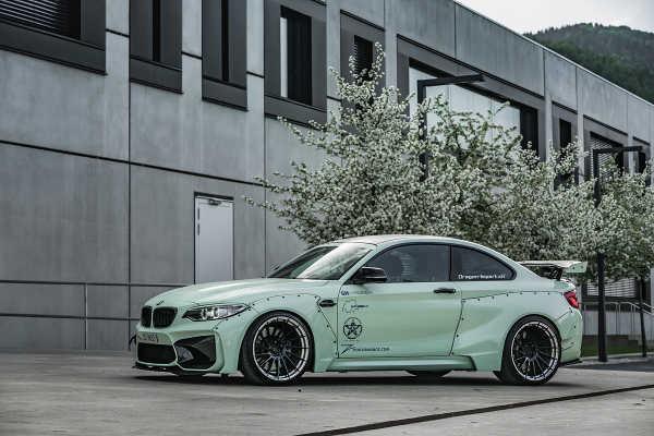 BMW M2 mit Breitbaukit und ZP.FORGED 6 Super Deep Concave von Z-Performance